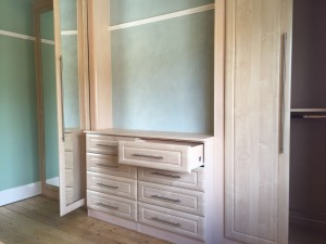 Open Drawer And Open Wardrobe