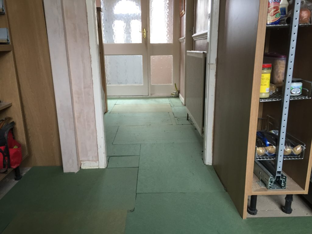 underlay-goes-down-for-replacement-laminate-flooring