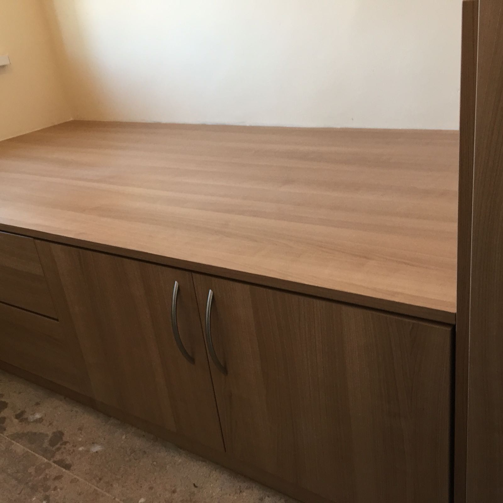 Cabin Bedroom Fitted Furniture: Cabin Bed With Single Wardrobe